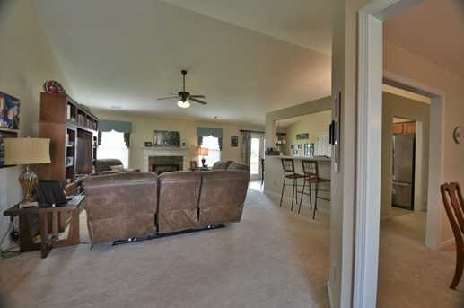 41 Chimney Springs Drive SW - Photo 2