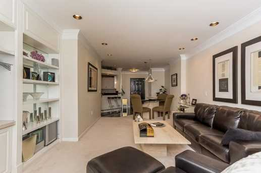 3334 Peachtree Rd #813 - Photo 6