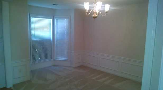 185 Lembeth Court #REAR - Photo 2