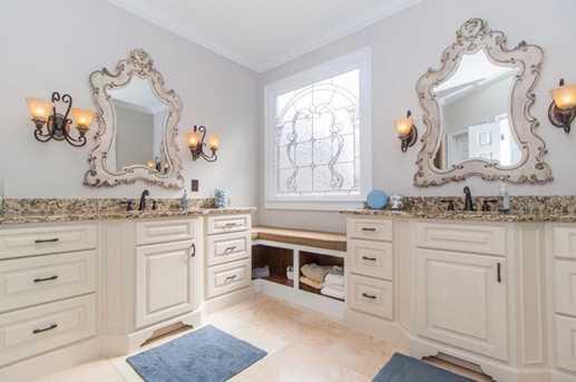 8225 Dartmoor Court - Photo 22