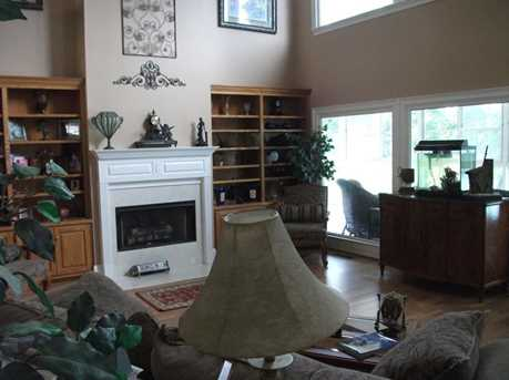 2269 Sidney Dr - Photo 8