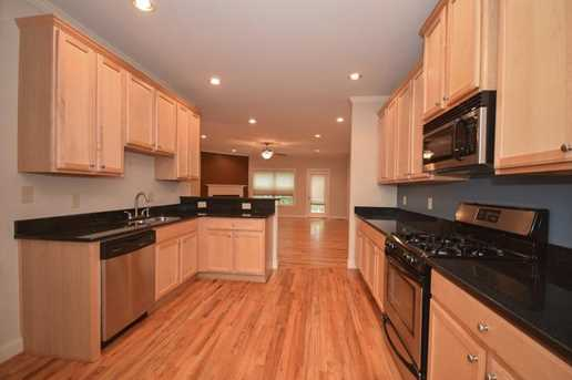 1402 Heights Park Drive SE - Photo 8