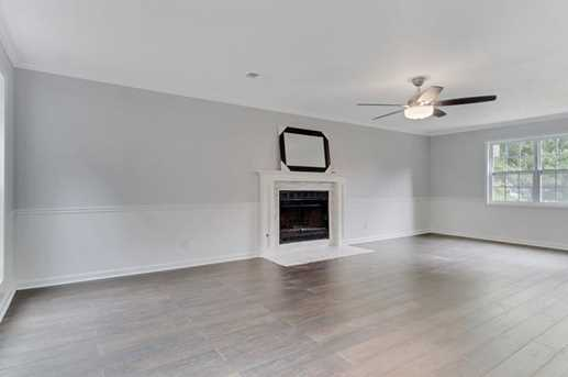 6651 Brittwood Way - Photo 4