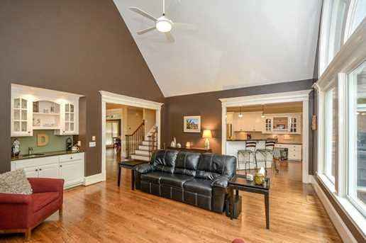 10635 N Edgewater Place - Photo 8