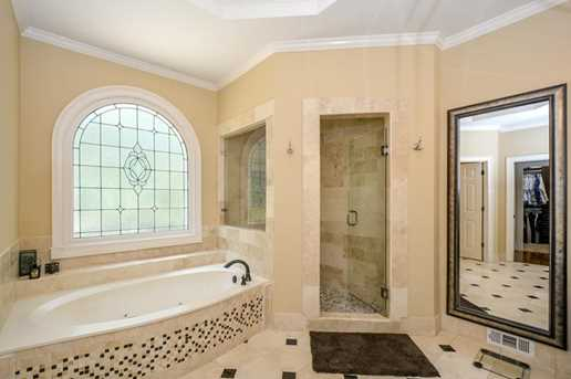 10635 N Edgewater Place - Photo 18