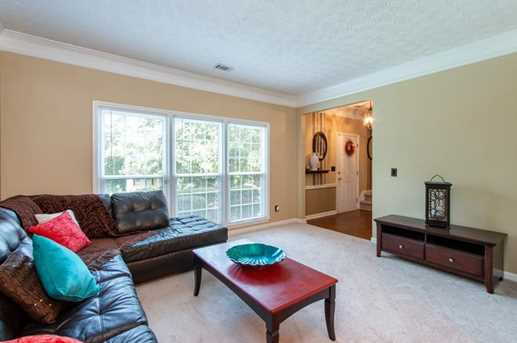 1566 Hascall Dr - Photo 6