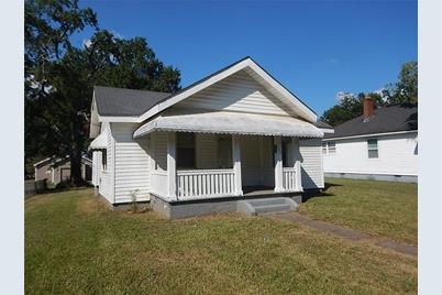 464 Clearwater Street - Photo 1
