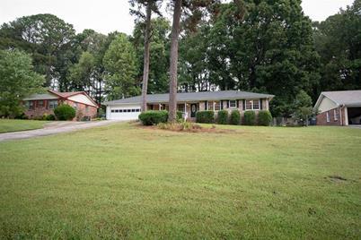 2182 Colonial Oak Way - Photo 1