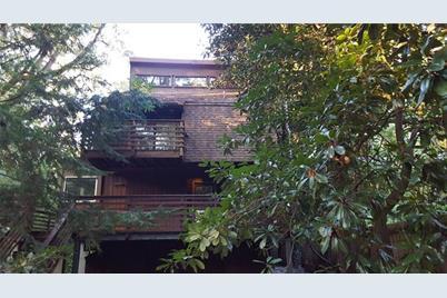 1754 Ridgewood Drive NE - Photo 1