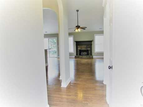 327 Spring Hill Drive - Photo 4