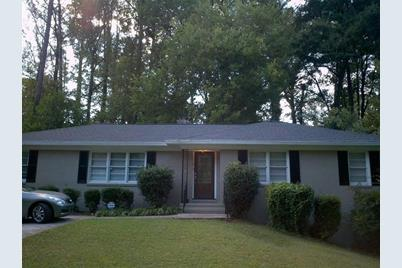 4780 Lake Forrest Drive NW - Photo 1