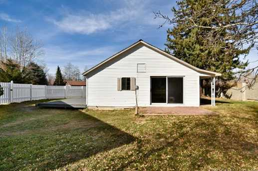 4444 N River Road - Photo 20