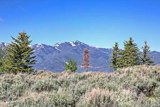 7931 N West Hills Trail - Photo 12