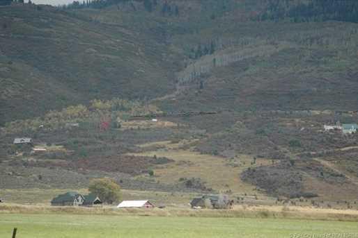 960 Splendor Valley Drive - Photo 2