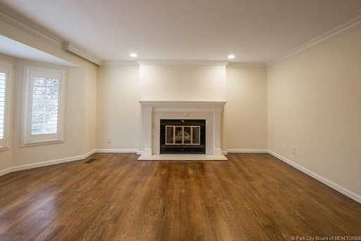 1075 N Valley Drive - Photo 20