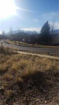 1420 Lakeview Drive - Photo 2