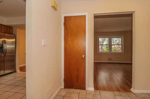 8 Hampton Way - Photo 8