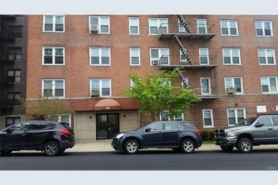 585 McLean Avenue #6C - Photo 1