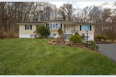 9 armstrong st cortlandt manor ny 10567 mls 4901178 coldwell rh coldwellbankerhomes com