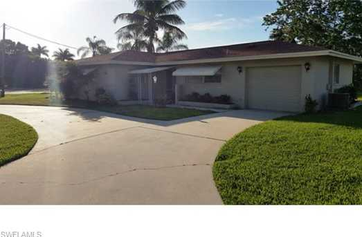 938  Dolphin Dr - Photo 1