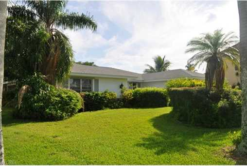 627  Coral Dr - Photo 1