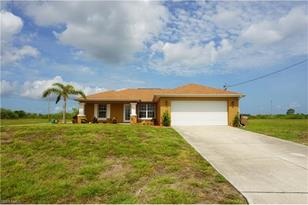 4008 NW 36th Pl - Photo 1