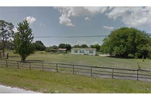 3511  South Rd - Photo 1