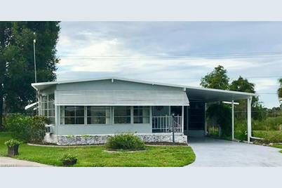 Excellent 840 Holly Berry Ct North Fort Myers Fl 33917 Beutiful Home Inspiration Ommitmahrainfo