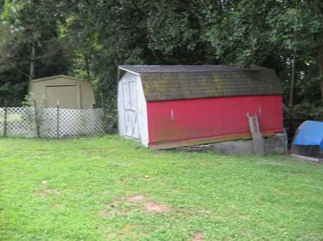 1723 Holly Hill Rd - Photo 2