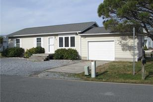33 Oyster Bay Drive - Photo 1
