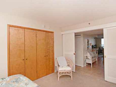 208 Farragut House - Photo 34