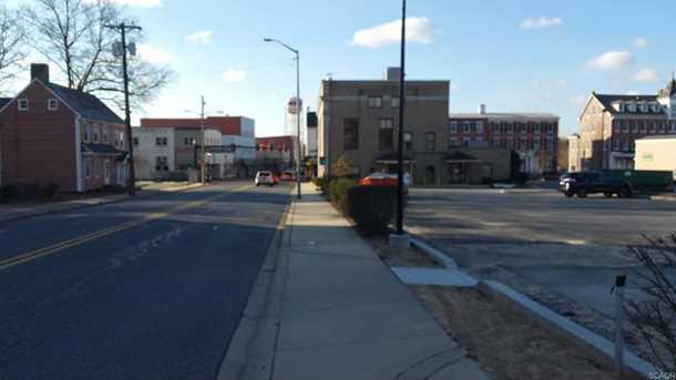 117 N Walnut Street - Photo 8