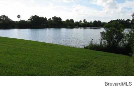 400 SE Brightwater Drive - Photo 1