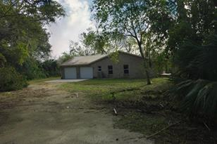 805 Canaveral Groves Boulevard - Photo 1