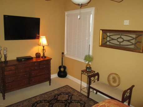 118 Carillon Market Unit #402 - Photo 20