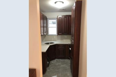 720 Chestnut St #2, Secaucus, NJ 07094