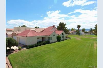 2891 Country Club Drive - Photo 1
