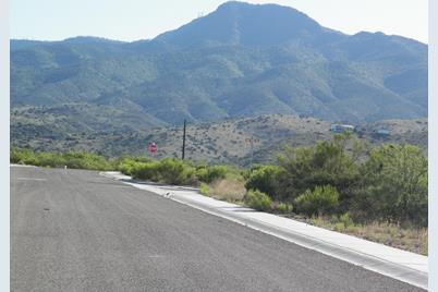 820 Eagle Ridge - Photo 1