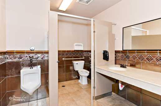 162 N 400 E      Suite 302 - Photo 10