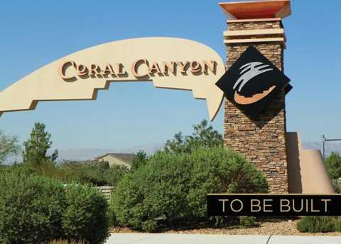 418 N Black Canyon - Photo 2