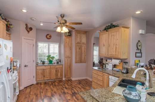 2374 Nature View Dr - Photo 8