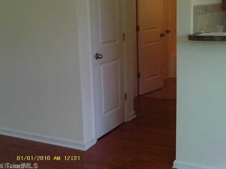 1135 Waterlyn - Photo 4