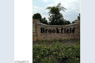 255 Brookfield - Photo 1