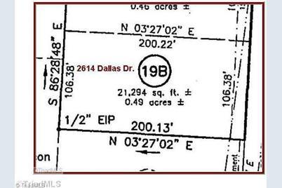 2614 Dallas - Photo 1