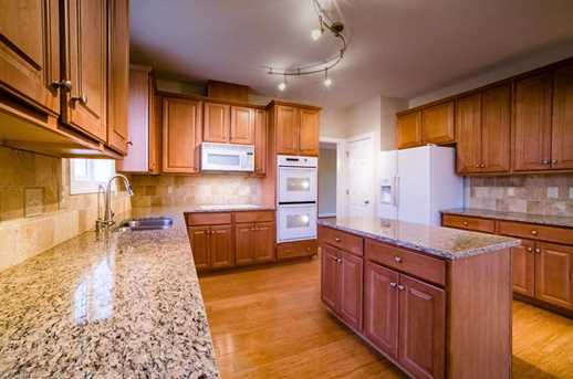5515 Stone Crossing Dr - Photo 10