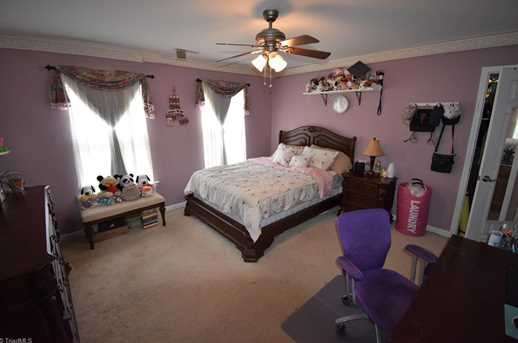 7884 Newhaven Dr - Photo 20