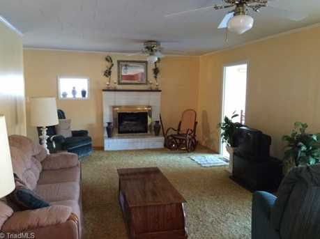 531 Lake Forest Dr - Photo 8