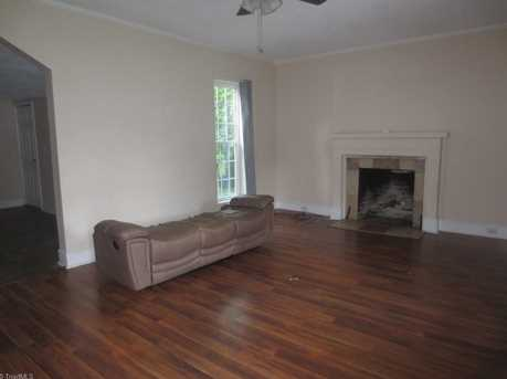 1719 Meadow Rd - Photo 2
