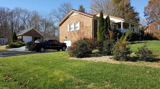 5260 Sweetwater Ct - Photo 8