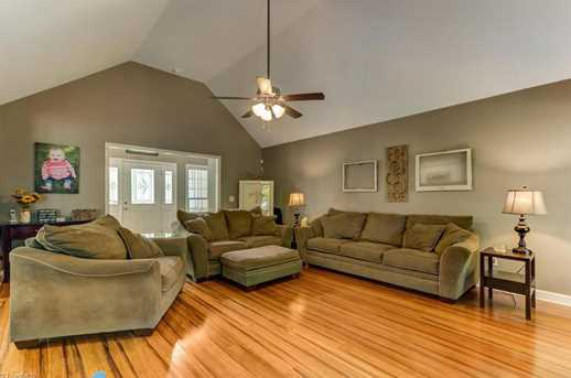 7177 Johns Point Ct - Photo 10